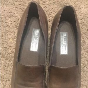Munro American Flat Brown Leather Women's Loafers